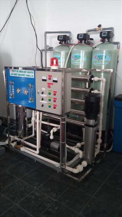 Dây chuyền lọc nước tinh khiết R.O công suất 2000L